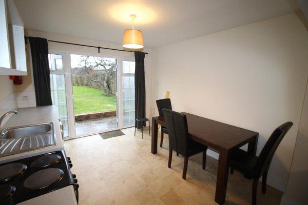Newly Refurbished One Bedroom Flat - Eton Avenue