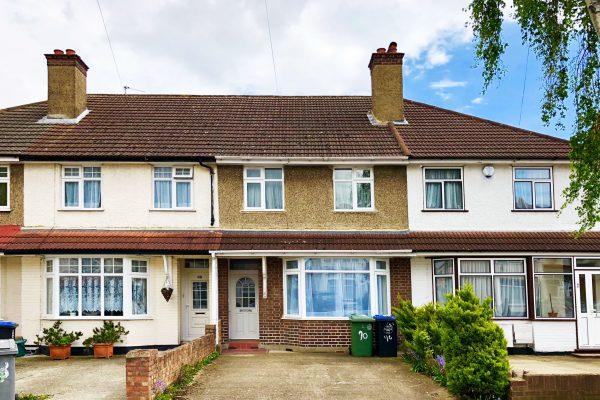OPEN HOUSE - 3 Bedroom Terraced House in Heart of Wembley - Swinderby Road