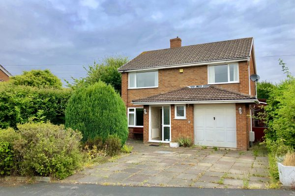 4 Bedroom Detached House in Wales