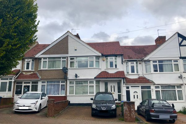 REDUCED - Spacious 3/4 Bedroom House for Sale - Lyon Park Avenue