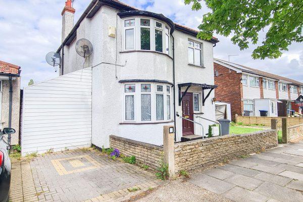 Three Bedroom Detached House - Eton Avenue, Wembley, HA0